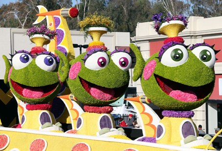 My favorite float of the parade!!!/photo: blogzap2it.com