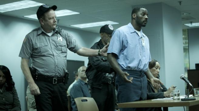 I. Elba as C. Evans/image: craveonline.com